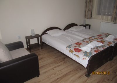 двойна стая с отделни легла белчин 2